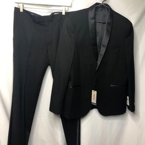 Kenneth Cole Ready Flex Tuxedo Suit 40S 33x32